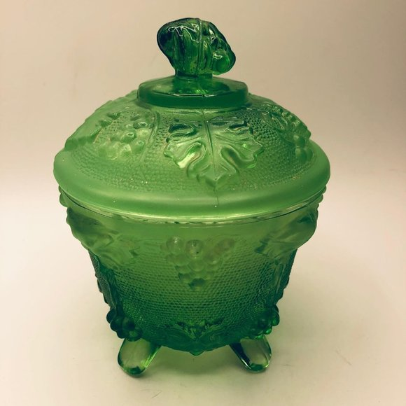 Vintage emerald green lidded footed dish